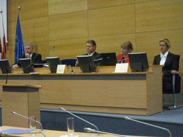 Uczestnicy panelu dyskusyjnego.